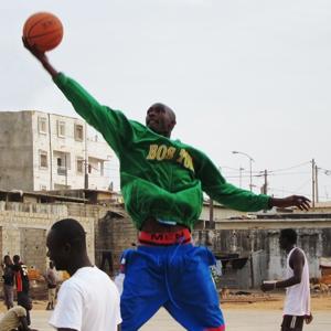 Boston in Dakar, Senegal (Jørgen Carling)